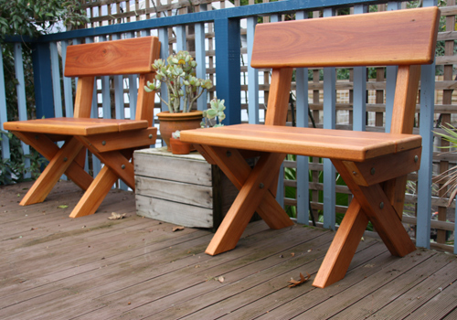 Attractive Custom Built Solid Wooden Timber Tables, Outdoor Garden Furniture