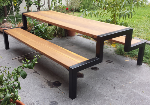 Simple And Stylish Timber And Steel Framed Commercial And Domestic - Timber picnic table