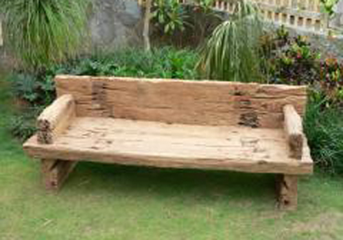 Timber Outdoor Furniture Decoration Access : rustic garden couch from decorationaccess.blogspot.com size 500 x 350 jpeg 101kB